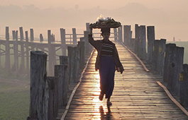 u-bein-bridge-181812_1280